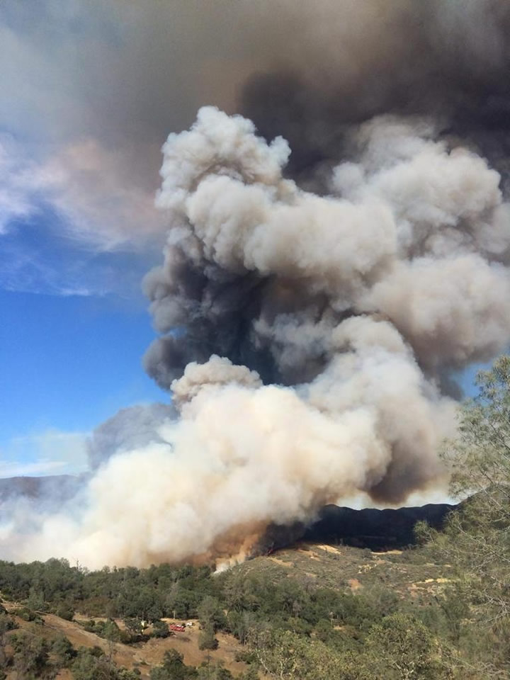 "<div class=""meta image-caption""><div class=""origin-logo origin-image none""><span>none</span></div><span class=""caption-text"">Smoke is seen from the Jerusalem Fire that prompted evacuations in Lake County, Calif. on Sunday, August 9, 2015. (@CALFIRE_PIO/Twitter)</span></div>"