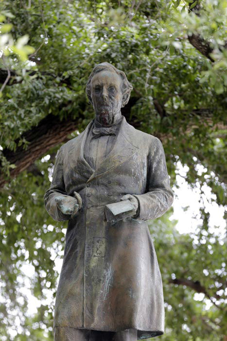 "<div class=""meta image-caption""><div class=""origin-logo origin-image none""><span>none</span></div><span class=""caption-text"">A statue of Jefferson Davis is seen on the Texas campus, Tuesday, July 7, 2015, in Austin, Texas. (AP Photo/ Eric Gay)</span></div>"