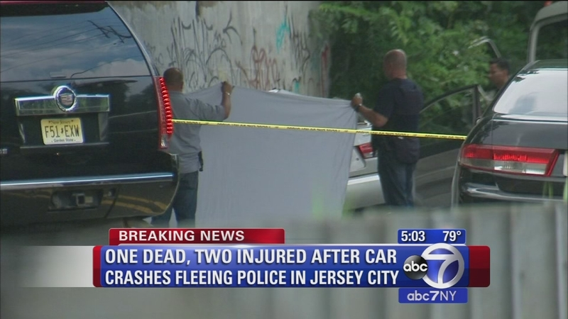 1 dead, 2 hurt when car fleeing police hits box truck in Jersey City