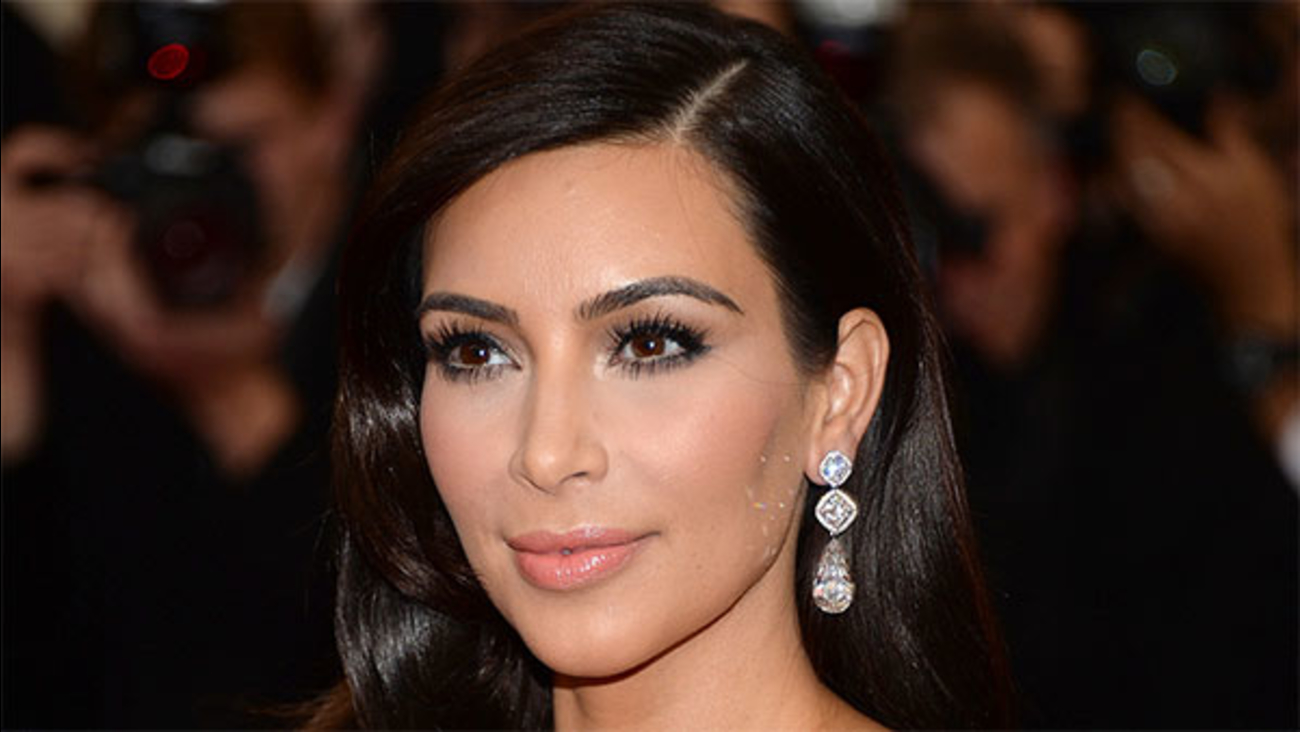 FDA issues warning over Kim Kardashian's drug promotions
