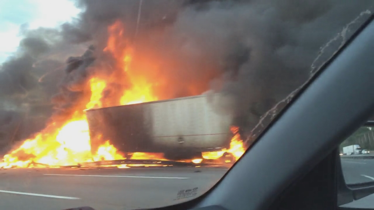 Truck crash shuts down stretch of NJ Turnpike in East Brunswick