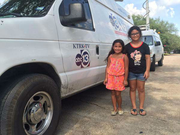 """<div class=""""meta image-caption""""><div class=""""origin-logo origin-image none""""><span>none</span></div><span class=""""caption-text"""">These cute little girls brought our crew some water on the hot day (KTRK Photo)</span></div>"""