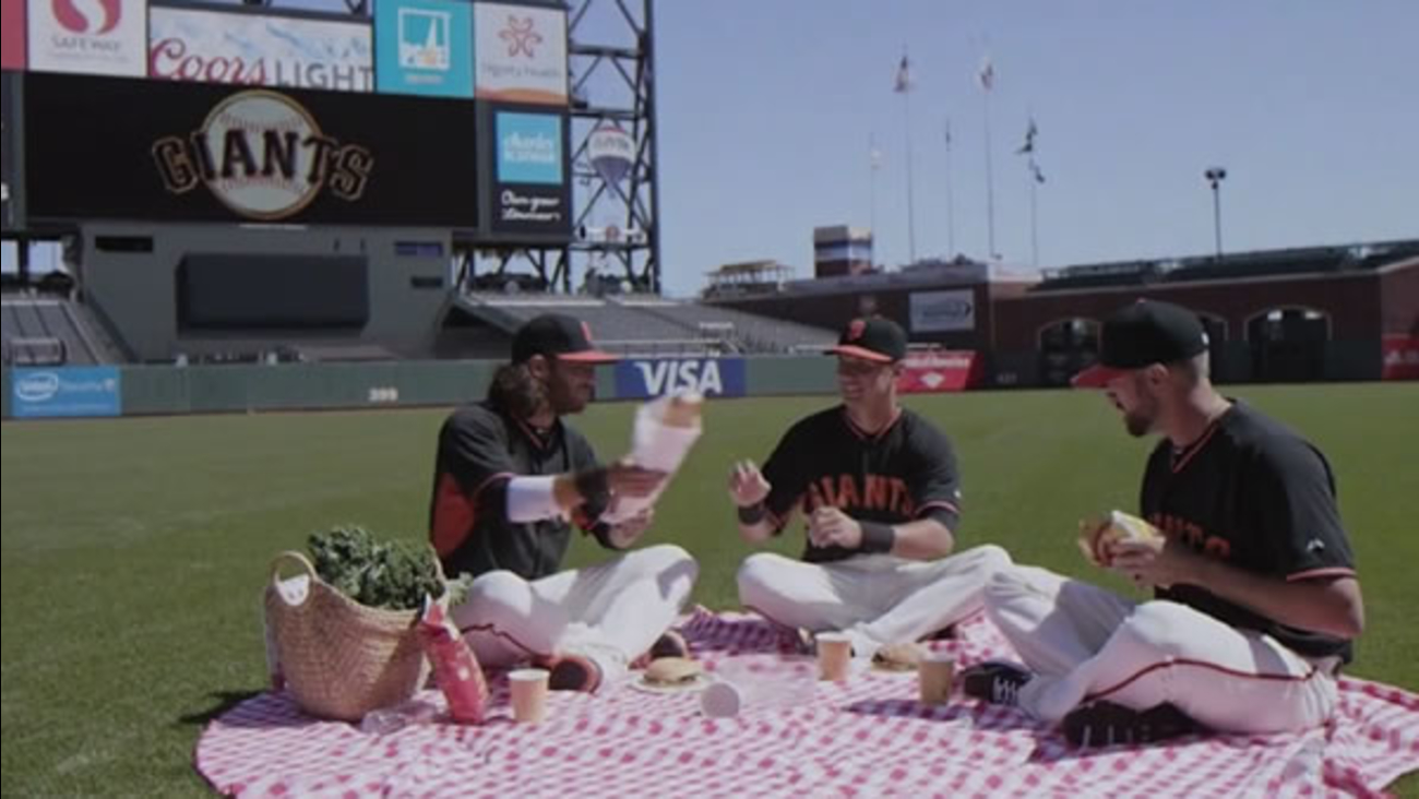 "The San Francisco Giants paid tribute to the popular ABC sitcom ""Full House"" by remaking the show's theme song with Brandon Crawford, Hunter Pence, Joe Panik and Bruce Bochy."