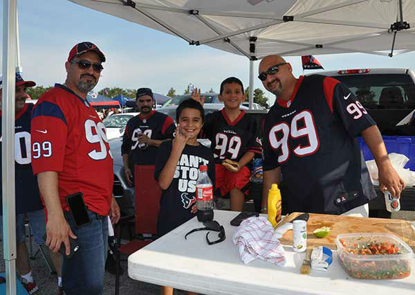 "<div class=""meta image-caption""><div class=""origin-logo origin-image none""><span>none</span></div><span class=""caption-text"">These are photos from inside and outside NRG before the Texans preseason opener against SF.  Send your fan photos to news@abc13.com (Photo/ABC-13)</span></div>"