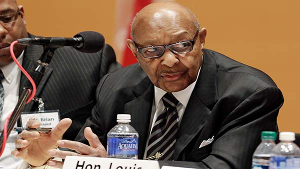 Longtime Ohio Congressman Louis Stokes dies at 90