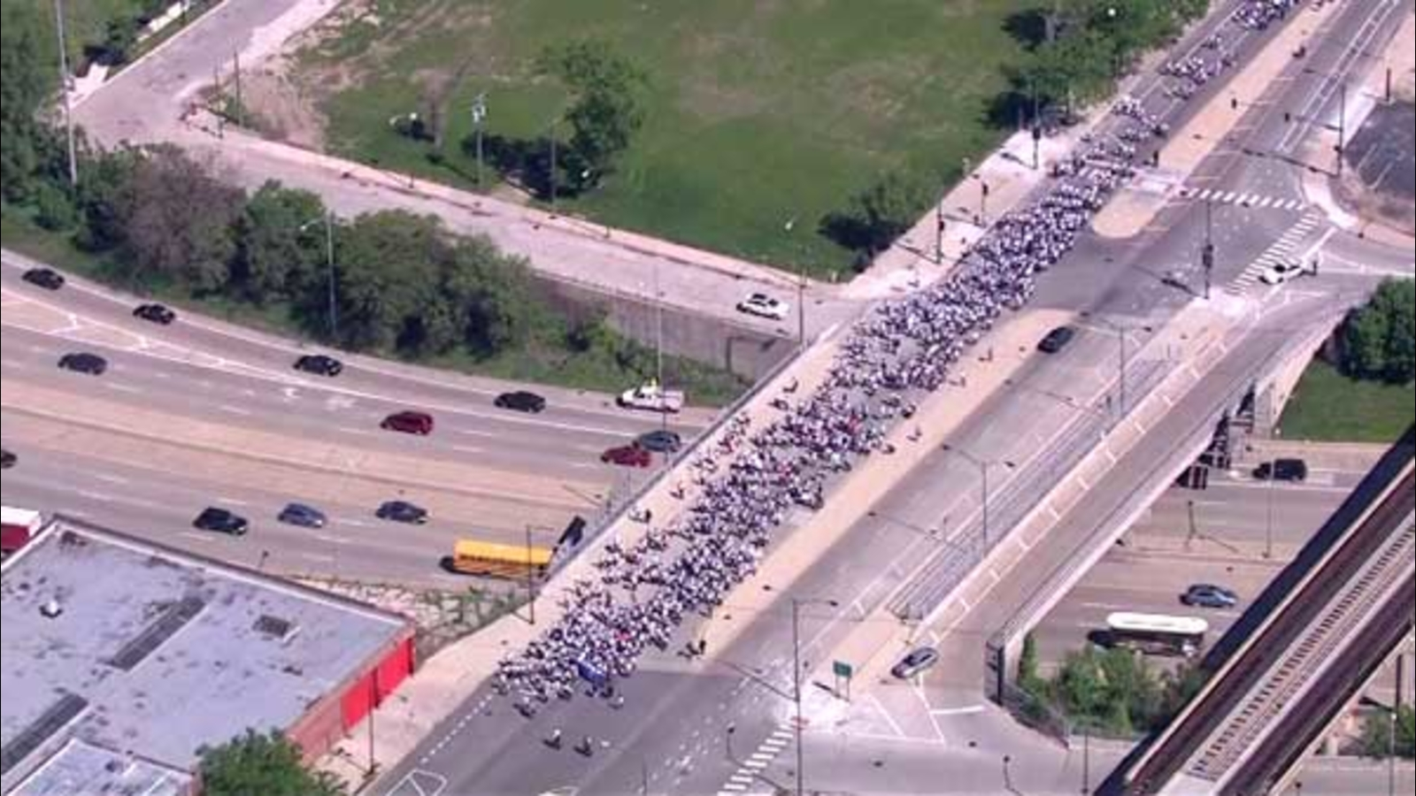 Perspectives Charter School students march for peace ...March For Peace Chicago