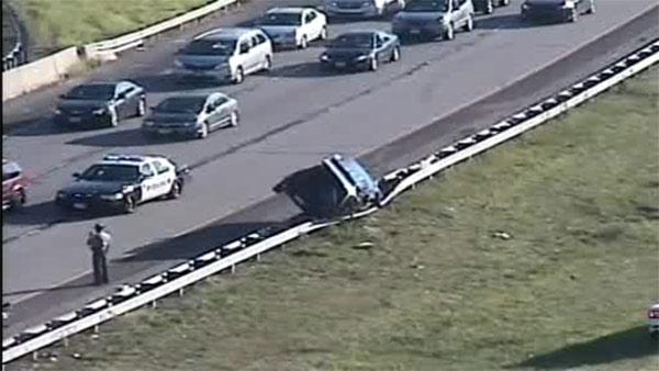 1 hurt in crash on I-95 in Bensalem