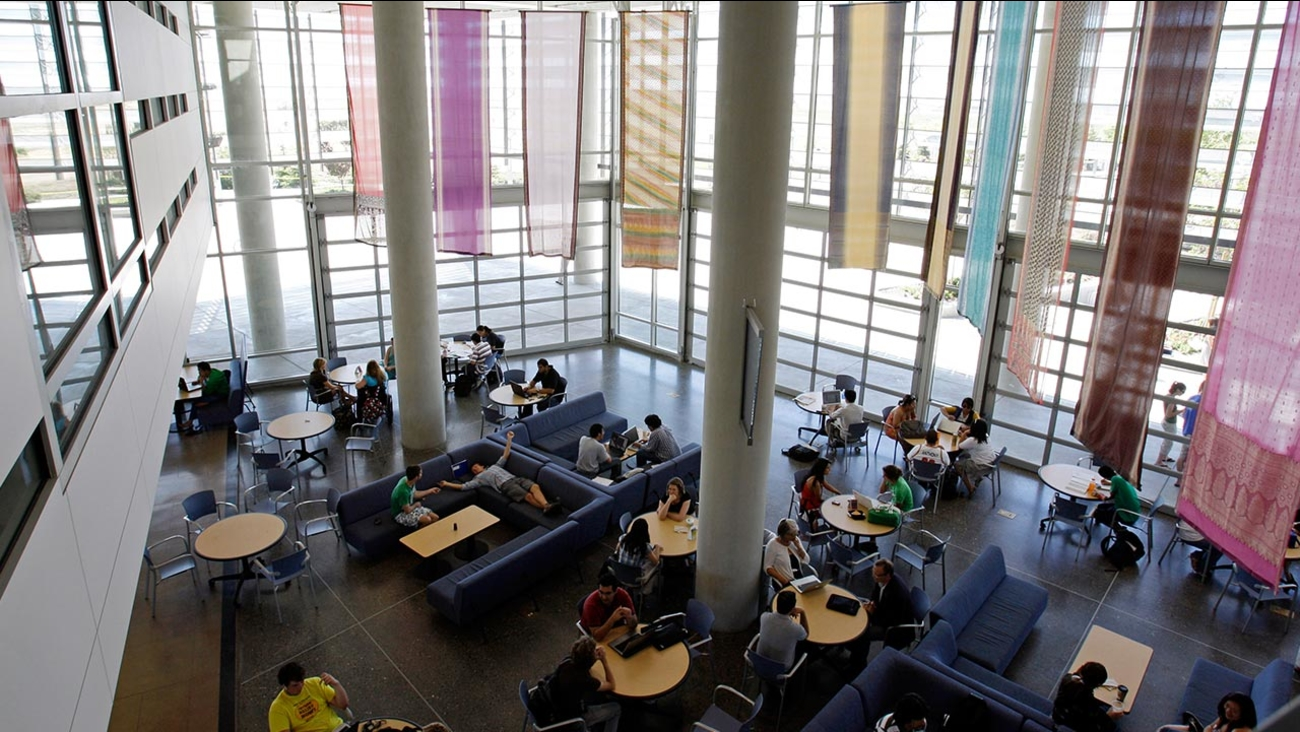 Merced students lounge in the 'lantern', a meeting place at the heart of campus in Merced, Calif., Monday, April 20, 2009.
