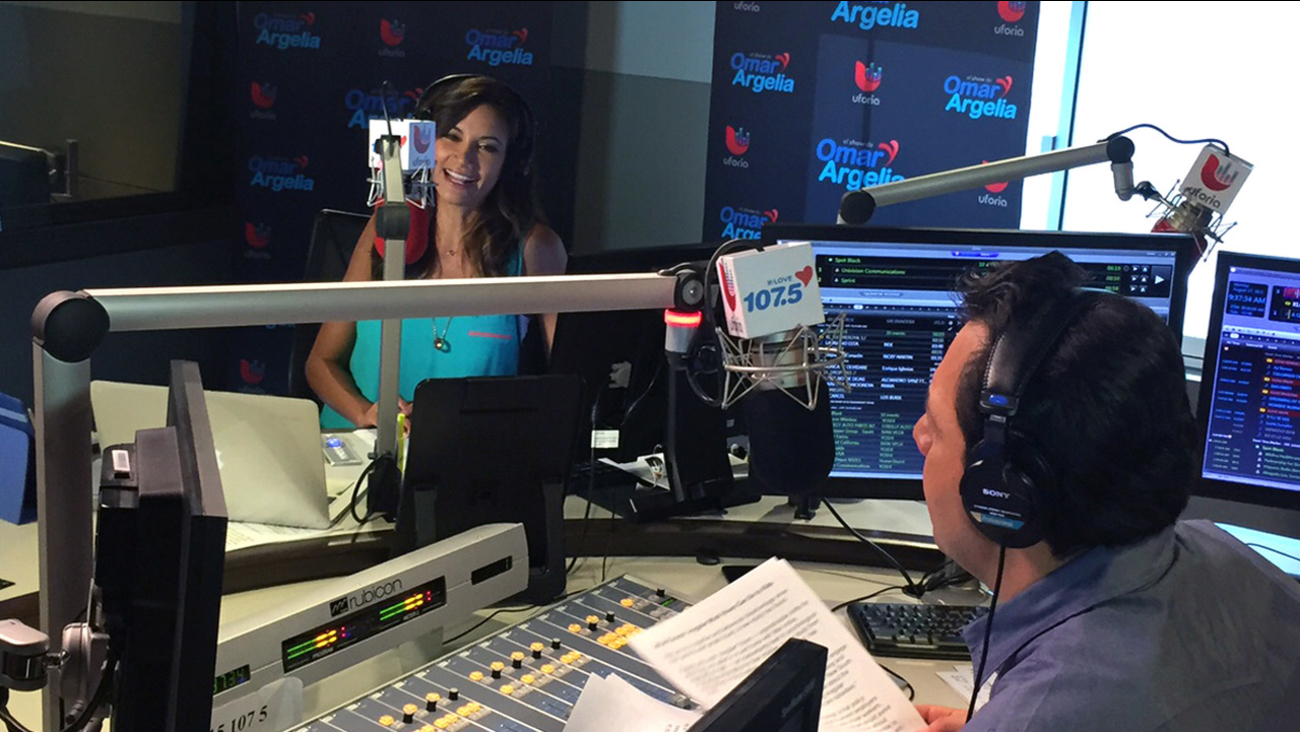 Vista L.A.'s Patricia Lopez joins Omar y Argelia of K-LOVE radio to hear about their success on the air and off.