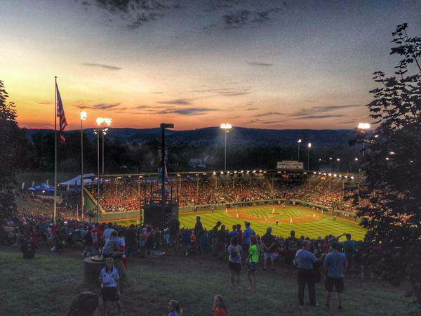 "<div class=""meta image-caption""><div class=""origin-logo origin-image none""><span>none</span></div><span class=""caption-text"">What a beautiful night in Williamsport! (KTRK Photo)</span></div>"