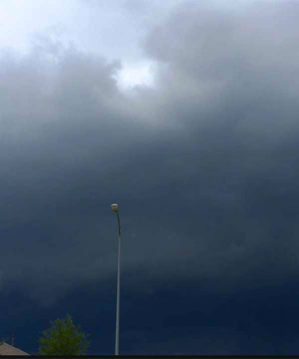 "<div class=""meta image-caption""><div class=""origin-logo origin-image none""><span>none</span></div><span class=""caption-text"">Dark clouds moved into the Pearland area (Photo/iWitness Photo)</span></div>"