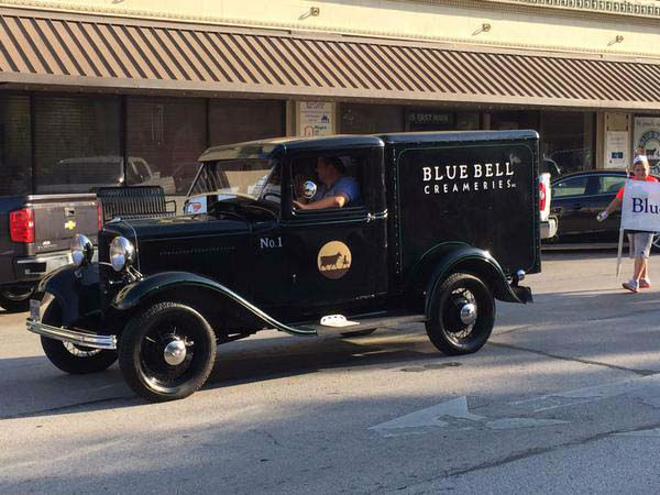 "<div class=""meta image-caption""><div class=""origin-logo origin-image none""><span>none</span></div><span class=""caption-text"">Blue Bell ice cream hit store shelves early Monday morning after a four-month hiatus (KTRK Photo/ #abc13eyewitness)</span></div>"