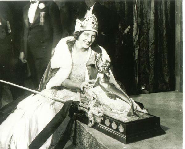 "<div class=""meta image-caption""><div class=""origin-logo origin-image none""><span>none</span></div><span class=""caption-text"">1926 - Norma Smallwood - Tulsa, OK (Photo/Miss America Organization)</span></div>"