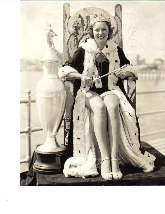 "<div class=""meta image-caption""><div class=""origin-logo origin-image none""><span>none</span></div><span class=""caption-text"">1935 - Henrietta Leaver - Pittsburgh, PA (Photo/Miss America Organization)</span></div>"