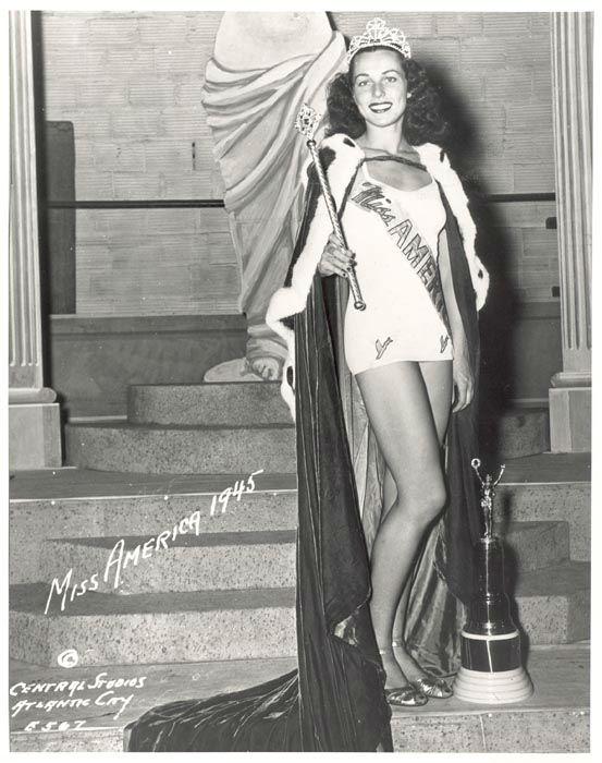 "<div class=""meta image-caption""><div class=""origin-logo origin-image none""><span>none</span></div><span class=""caption-text"">1945 - Bess Myerson - New York, NY (Photo/Miss America Organization)</span></div>"