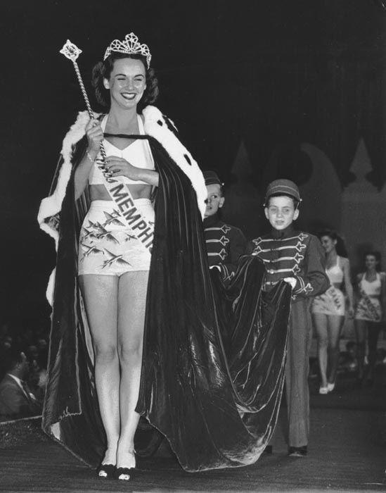"<div class=""meta image-caption""><div class=""origin-logo origin-image none""><span>none</span></div><span class=""caption-text"">1947 - Barbara Walker - Memphis, TN (Photo/Miss America Organization)</span></div>"