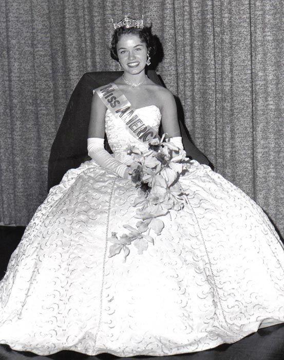 "<div class=""meta image-caption""><div class=""origin-logo origin-image none""><span>none</span></div><span class=""caption-text"">1961 - Nancy Fleming - Montague, MI (Photo/Miss America Organization)</span></div>"