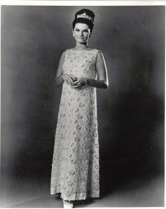 "<div class=""meta image-caption""><div class=""origin-logo origin-image none""><span>none</span></div><span class=""caption-text"">1967 - Jane Jayroe - Laverne, OK (Photo/Miss America Organization)</span></div>"