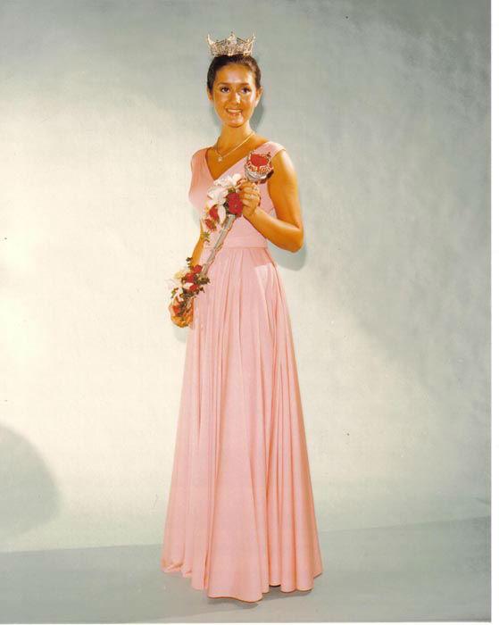 "<div class=""meta image-caption""><div class=""origin-logo origin-image none""><span>none</span></div><span class=""caption-text"">1976 - Tawny Godin - Saratoga Springs, NY (Photo/Miss America Organization)</span></div>"