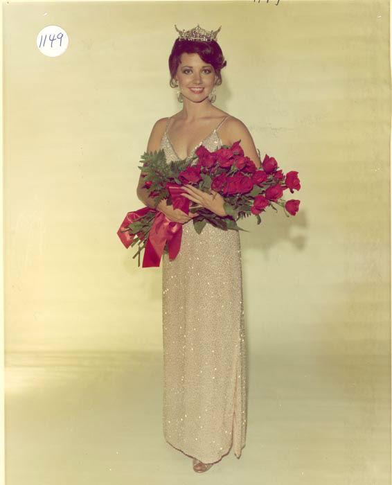 "<div class=""meta image-caption""><div class=""origin-logo origin-image none""><span>none</span></div><span class=""caption-text"">1981 - Susan Powell - Elk City, OK (Photo/Miss America Organization)</span></div>"
