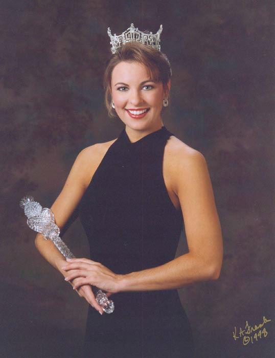 "<div class=""meta image-caption""><div class=""origin-logo origin-image none""><span>none</span></div><span class=""caption-text"">1999 - Nicole Johnson - Virginia Beach, VA (Photo/Miss America Organization)</span></div>"
