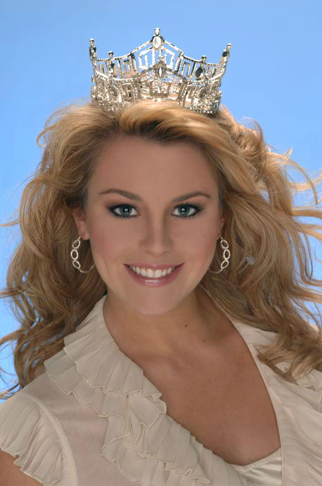 "<div class=""meta image-caption""><div class=""origin-logo origin-image none""><span>none</span></div><span class=""caption-text"">2007 - Lauren Nelson - Lawton, OK (Photo/Miss America Organization)</span></div>"