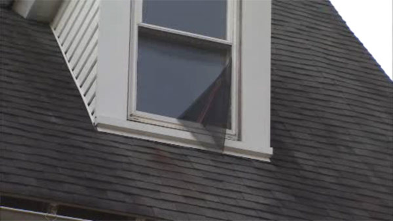 Child falls from window in Delaware County