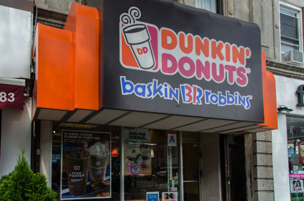 """<div class=""""meta image-caption""""><div class=""""origin-logo origin-image none""""><span>none</span></div><span class=""""caption-text"""">Baskin Robbins has two locations inside the 'frozen yogurt district' in Astoria -- between 31st and 32nd streets on 30th Avenue and on Broadway near 34th Street. (WABC Photo/ Mike Waterhouse)</span></div>"""