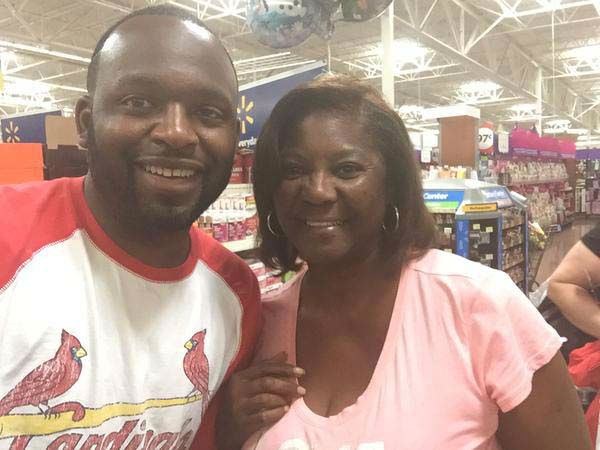 """<div class=""""meta image-caption""""><div class=""""origin-logo origin-image none""""><span>none</span></div><span class=""""caption-text"""">This woman told Tracy Clemons he looked just like Tracy Clemons! (KTRK Photo)</span></div>"""