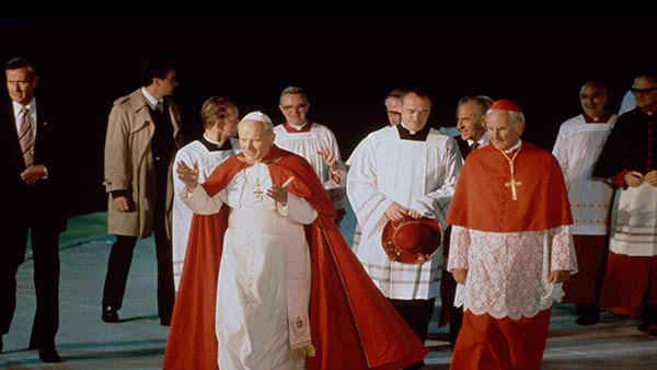 """<div class=""""meta image-caption""""><div class=""""origin-logo origin-image ap""""><span>AP</span></div><span class=""""caption-text"""">Pope John Paul II greets the crowds before performing mass in Philadelphia, Pa., Oct. 3, 1979</span></div>"""