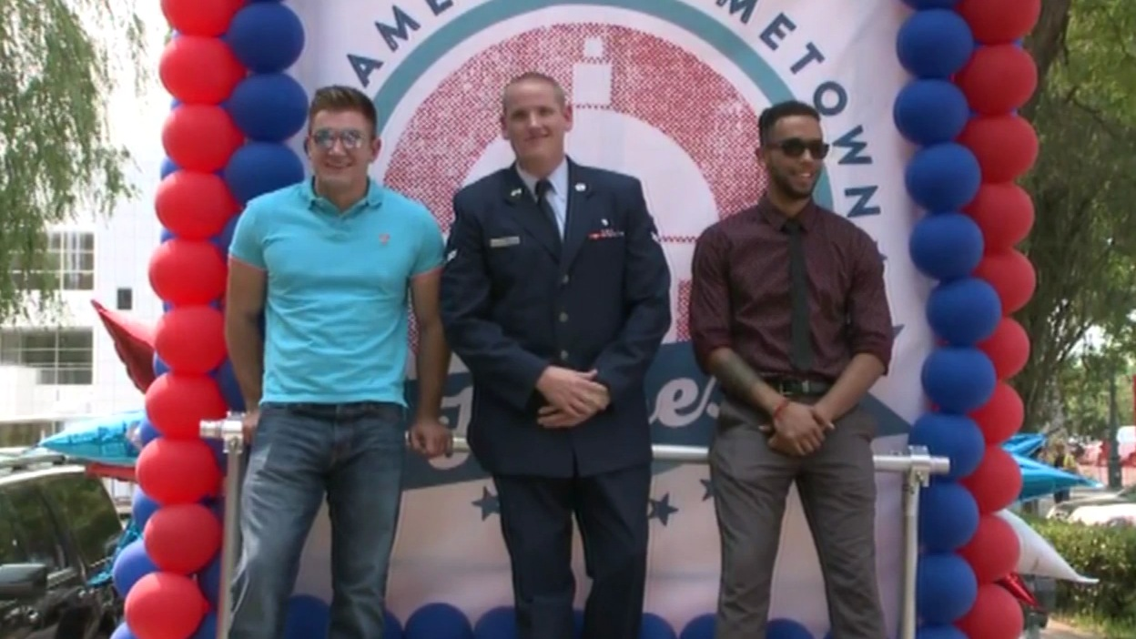 "<div class=""meta image-caption""><div class=""origin-logo origin-image none""><span>none</span></div><span class=""caption-text"">Sacramento honored the local men who stopped a gunman on a Paris bound train with a parade and rally on Friday, September 11, 2015. (KGO-TV)</span></div>"