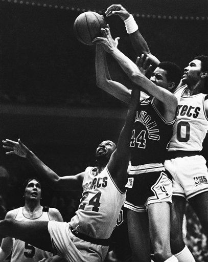 """<div class=""""meta image-caption""""><div class=""""origin-logo origin-image none""""><span>none</span></div><span class=""""caption-text"""">Moses Malone in his  playing days. (AP Photo/ Buster Dean)</span></div>"""