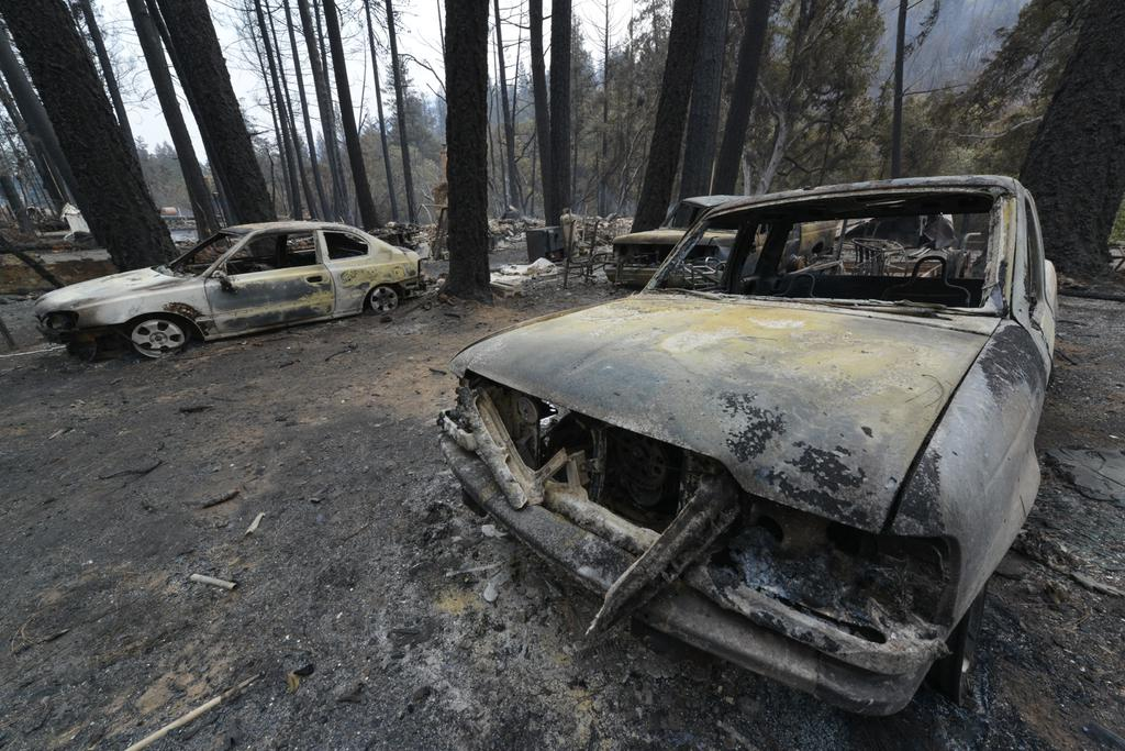 "<div class=""meta image-caption""><div class=""origin-logo origin-image none""><span>none</span></div><span class=""caption-text"">Shells are all that remain of cars in Anderson Springs, Calif. on Monday, September 14, 2015 after the Valley Fire ripped through the area. (KGO-TV)</span></div>"