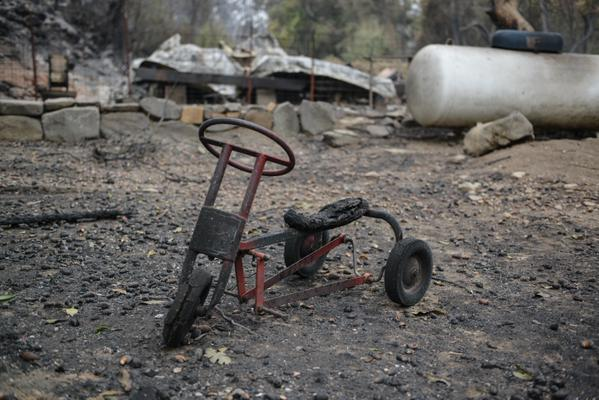 "<div class=""meta image-caption""><div class=""origin-logo origin-image none""><span>none</span></div><span class=""caption-text"">A burned bicycle sits across from Anderson Springs on Highway 175 on Monday, September 14, 2015 after the Valley Fire ripped through the area. (KGO-TV)</span></div>"