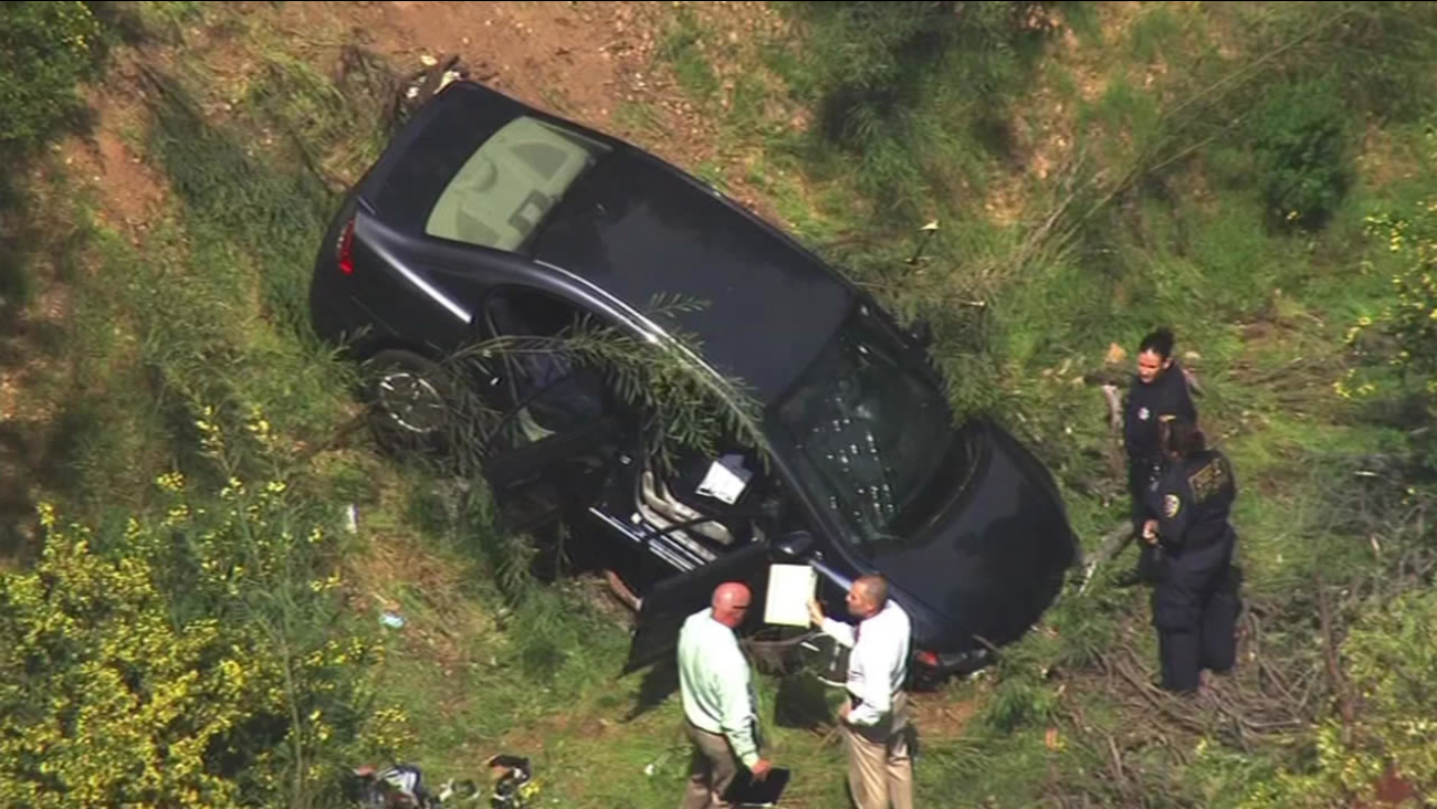 Car crashes in Oakand Hills