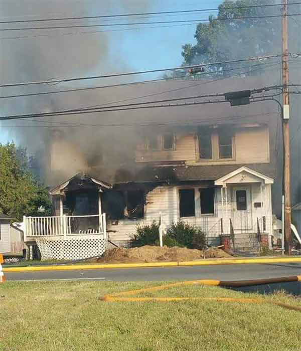 "<div class=""meta image-caption""><div class=""origin-logo origin-image none""><span>none</span></div><span class=""caption-text"">Pictured: Action News viewer Jen (@jmenasion85) sent us this photo after a building explosion in Pennsville, New Jersey on Tuesday, September 15, 2015.</span></div>"