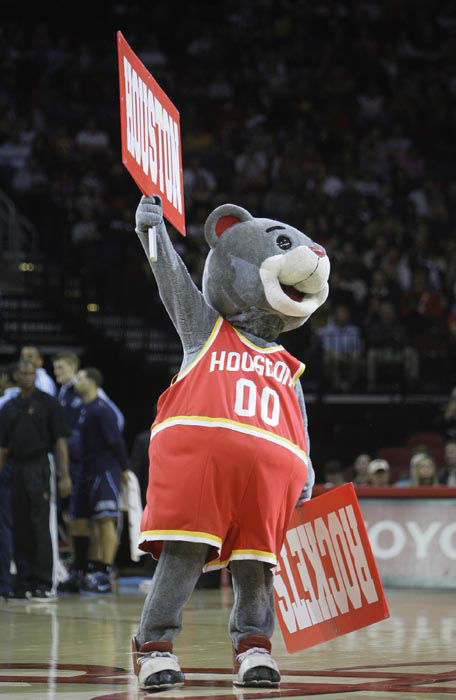 "<div class=""meta image-caption""><div class=""origin-logo origin-image none""><span>none</span></div><span class=""caption-text"">Houston Rockets mascot Clutch rallies the crowd in the first half of their NBA basketball game in Houston Saturday, Dec. 27, 2008. (AP Photo/ Bob Levey)</span></div>"