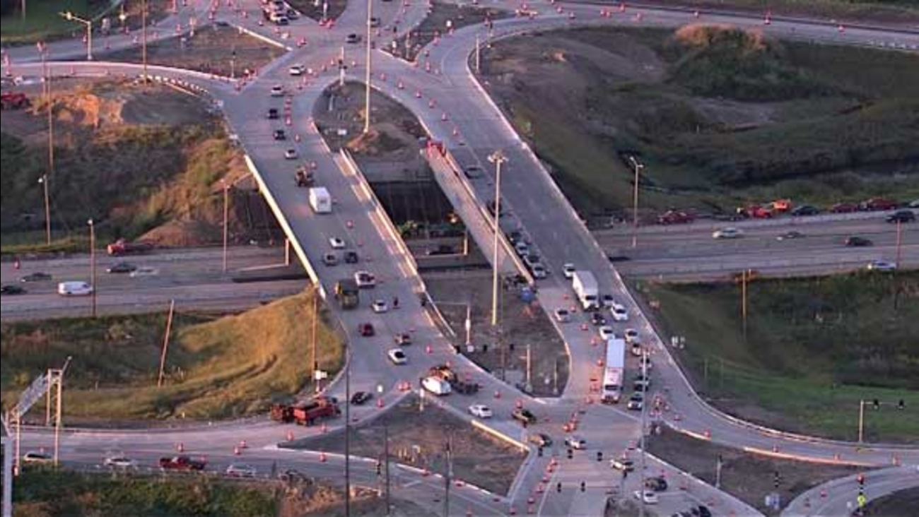 A new interchange opened at Route 59 and I-88 opened on Monday in west suburban Naperville. The diverging diamond is the first of its kind in the Chicago area.