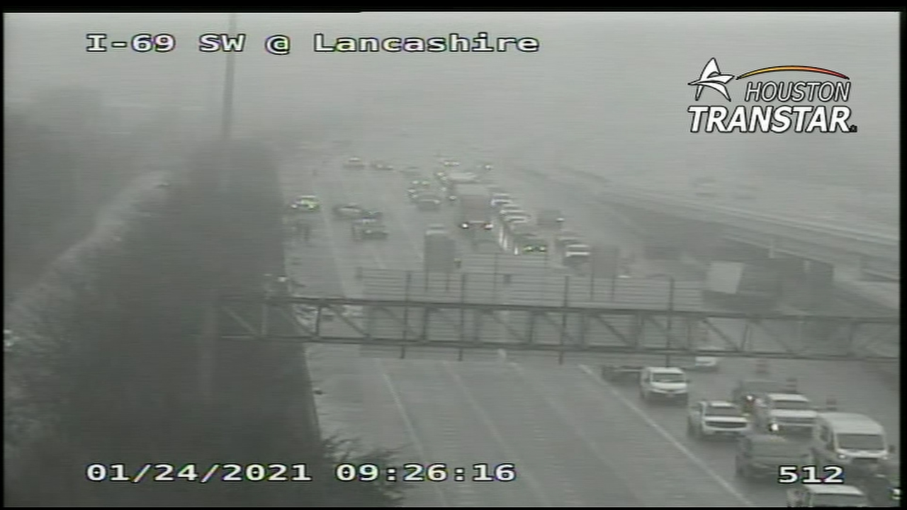 I-69 main lanes near West Loop now open after truck crash